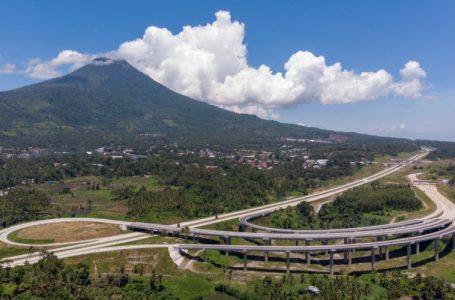 Salah satu interchange di ruas jalan tol Manado-Bitung, Sulawesi Utara. Jalan tol ini diresmikan oleh Presiden Joko Widodo, Selasa (29/9/2020) secara virtual. – Jasa Marga
