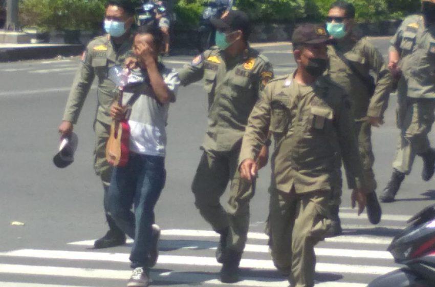 Pol PP Amankan 6 Orang Pengamen, Pengemis dan Pelanggar Prokes