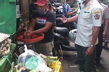 PERKETAT PROKES-Satgas Covid Denpasar memastikan razia prokes tetap digencarkan untuk menurunkan kasus positif.