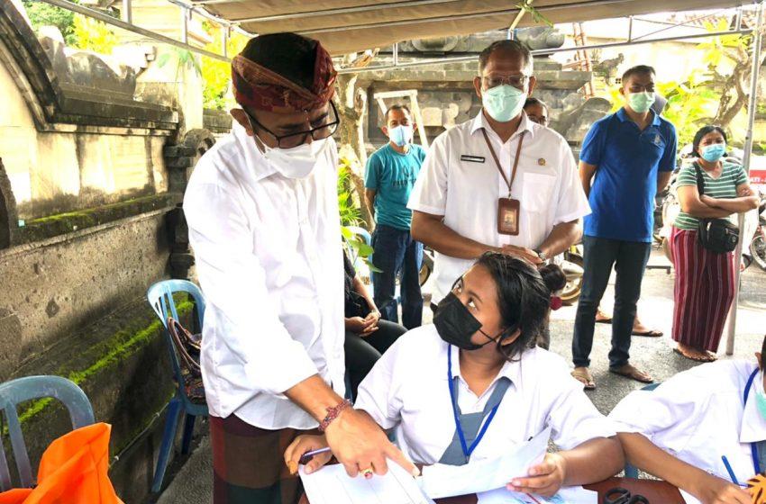 Pemkot Denpasar Lakukan Vaksinasi Berbasis Banjar