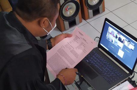 SIDANG VIRTUAL-Jaksa Edy Artha Wijaya mendengarka putusan kasus kurir sabu dari Ujung Pandang.