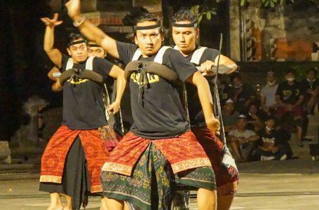 PKB DITENGAH PANDEMI-Pemprov Bali tahun ini kembali menggelar PKB yang dibuka Presiden Jokowi secara virtual.