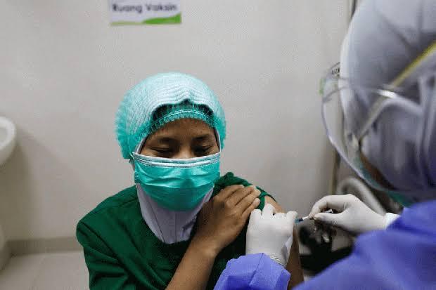10.991 Nakes di Denpasar Mendapat Vaksinasi Dosis Ketiga