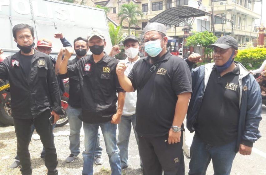 Jenguk Zainal Tayeb, Warga KKSS Berharap Putusannya Adil