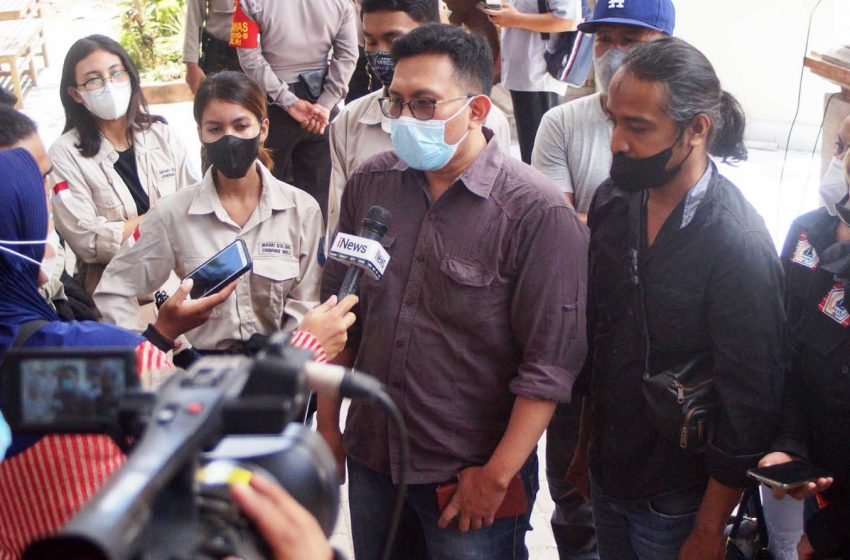 Padati PN Denpasar, Warga KKSS Berharap Kasus Zainal Cepat Tuntas