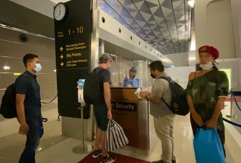Tersangkut Narkotika, Warga Rusia Dideportasi dari Bali