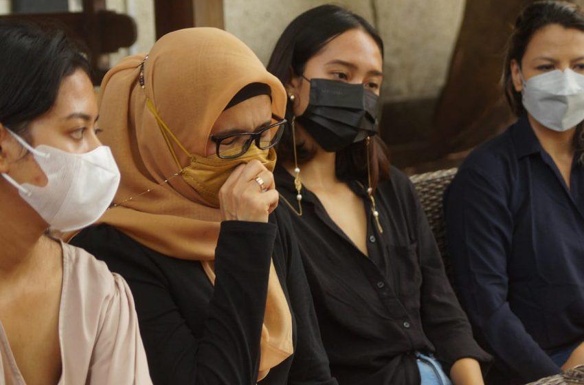 Istri Zainal Tayeb: Suami Saya Sakit, Mohon Kabulkan Penangguhan Kami